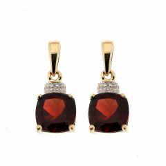 Boucles d'oreilles Grenat Coussin 6mm et Diamant en Or Jaune 375