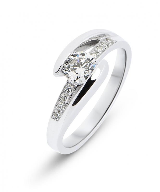 Bague Diamant Or Blanc 750 Ref 36698