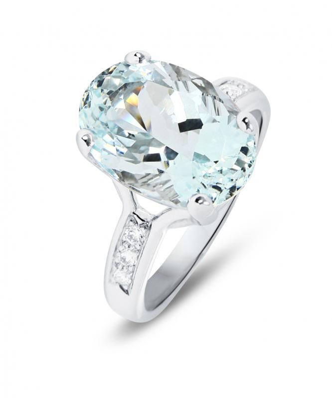7deaccb786d Bague Or Blanc 750 Aigue Marine Ovale 14x10mm et Diamant Ref. 43780