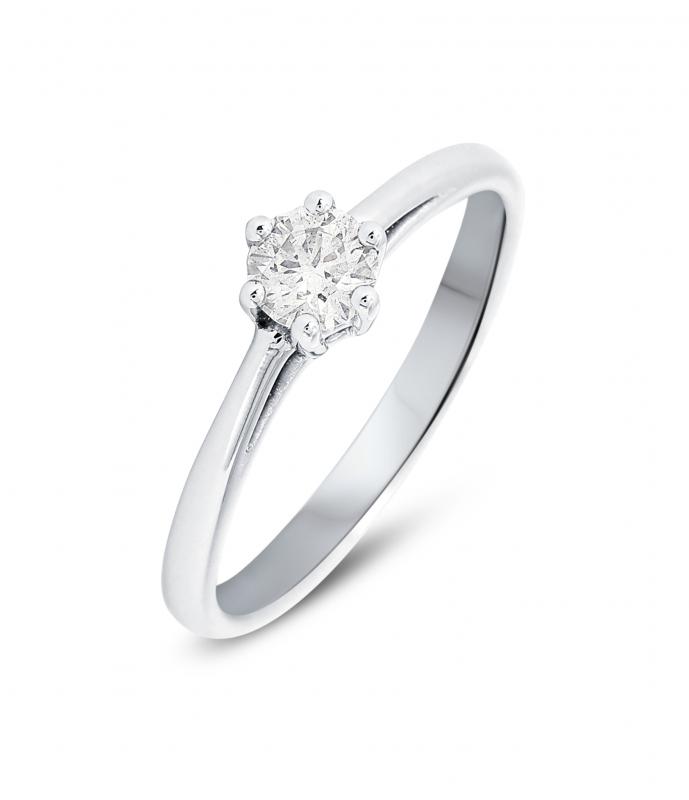 bague or blanc trois diamants