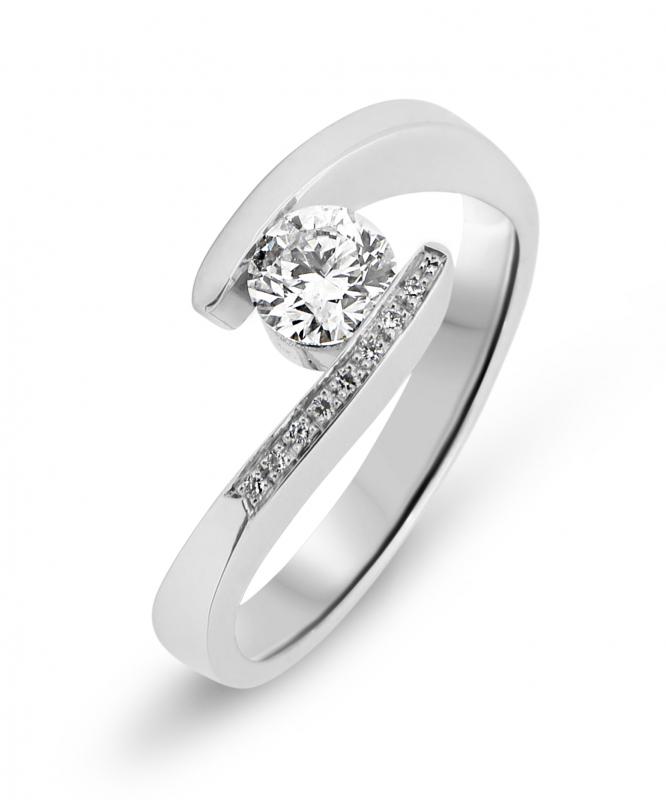 bague or blanc diamant croise