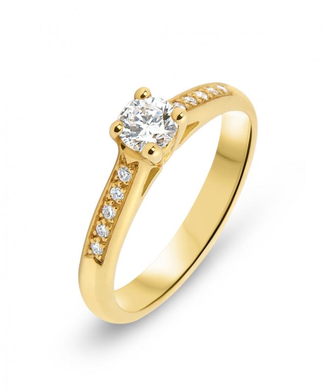 Bague Or Jaune 750 Diamant Solitaire épaulé Ref : 40550