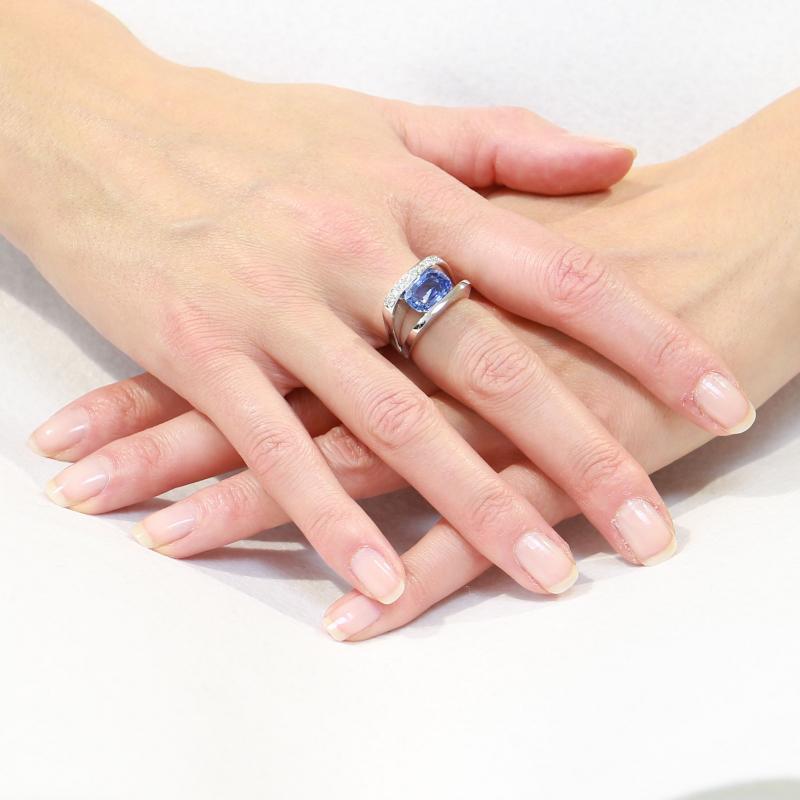Souvent Bague Saphir Ceylan Coussin et Diamant sur Or Blanc Ref. 36679 IP07