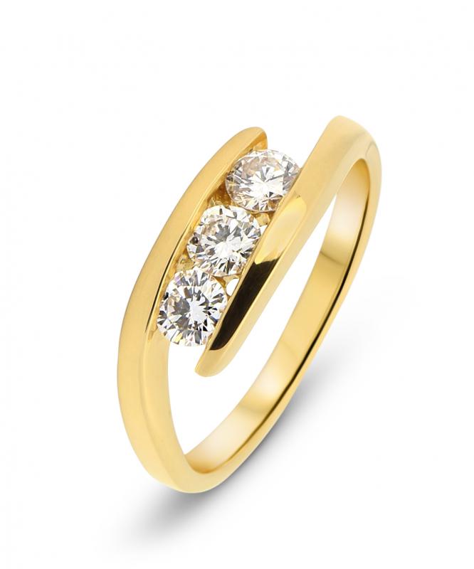 bague or jaune diamant 1 carat