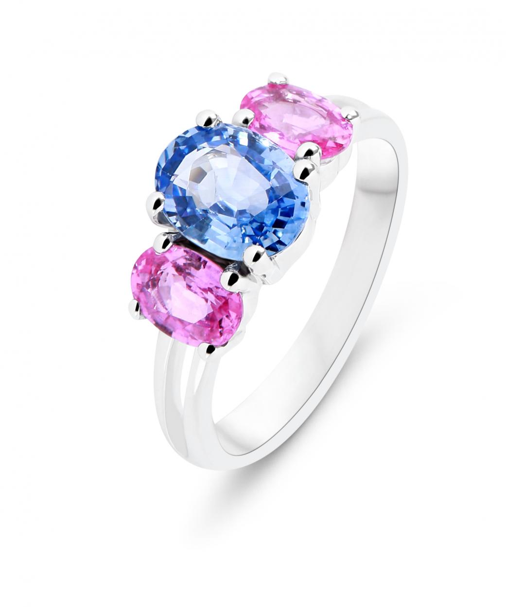 b337ae294a0 Bague Trilogie Or Blanc 750 Saphir Bleu et Saphir rose Ref. 46547