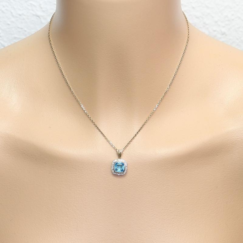 Collier diamant bleu